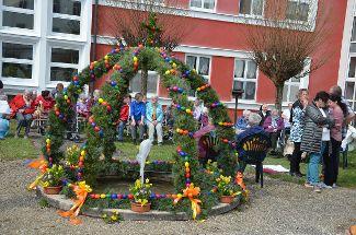 Osterbrunnenfest bei Regens Wagner Zell